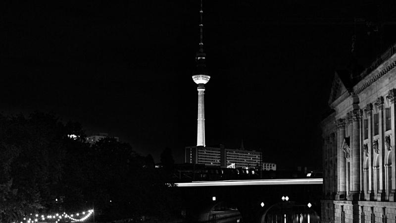 Vokietijos vyriausybė planuoja komendanto valandą