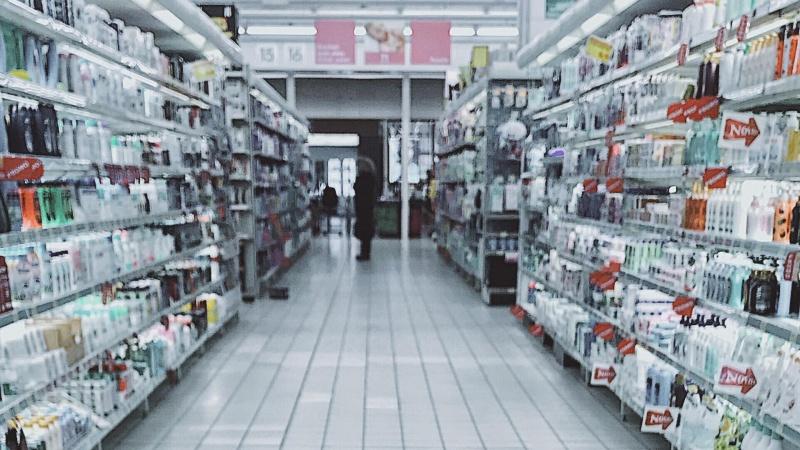 Vokietijos prekybos sektorius įspėja dėl karantino griežtinimo