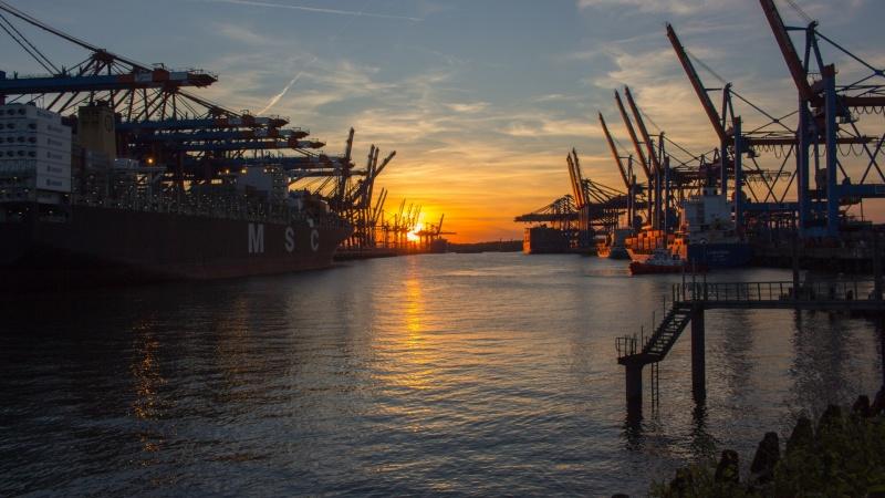 Hamburgas sušvelnino dėl koronaviruso įvestus apribojimus